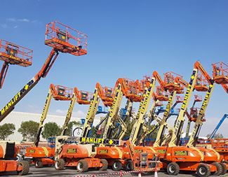 difference between articulating and telescopic boom lift
