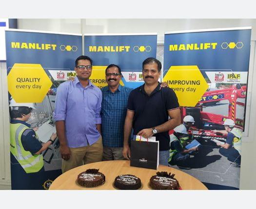 Manlift 10 Year Service award in Dubai UAE